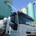 L'entreprise Béton Theron : chargement du camion malaxeur